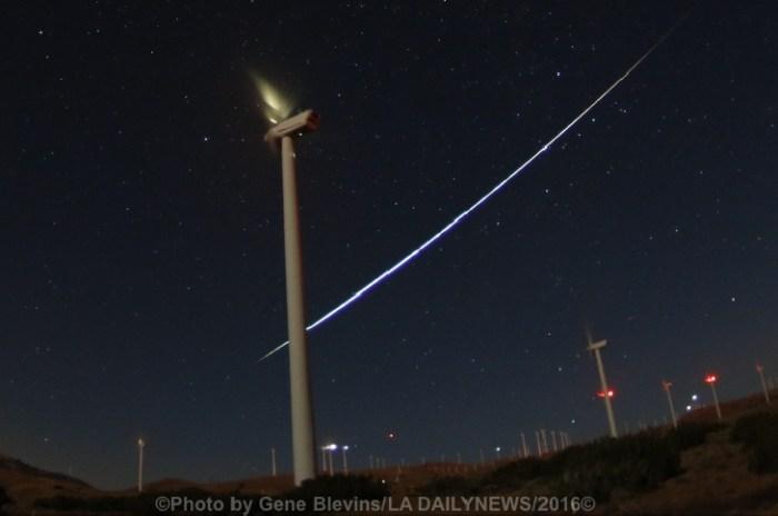 Gene-BlevinsLA-DailyNews-MeteorShower7_1471049744_lg