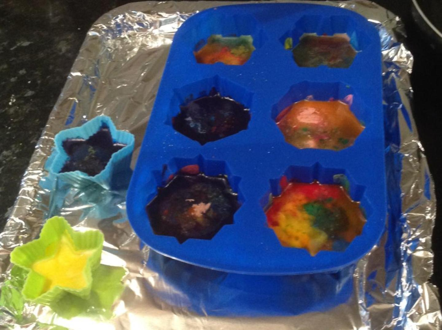 Crayons in silicone mould