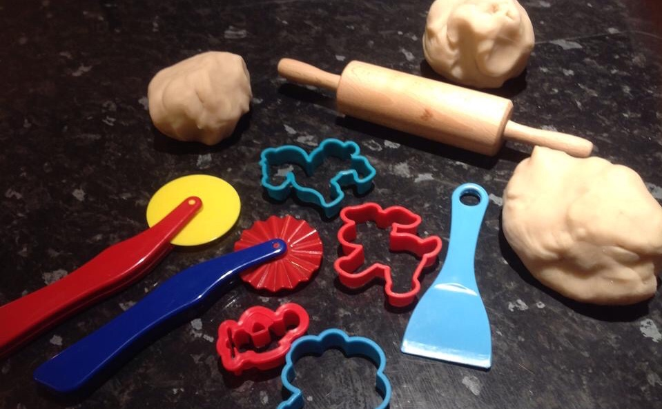 Messy play toddler group activities - play dough