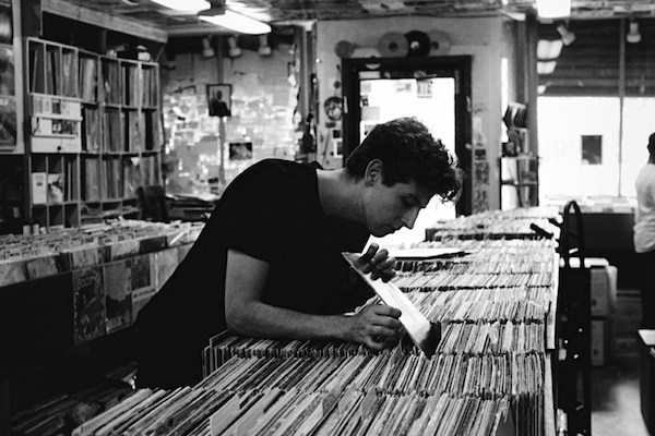 jamie-xx record shopping