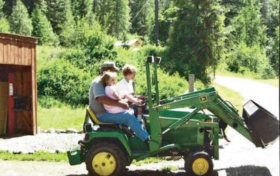 Robert Koczewski could often be seen giving children rides on his tractor. Photo by Joanna Bastian