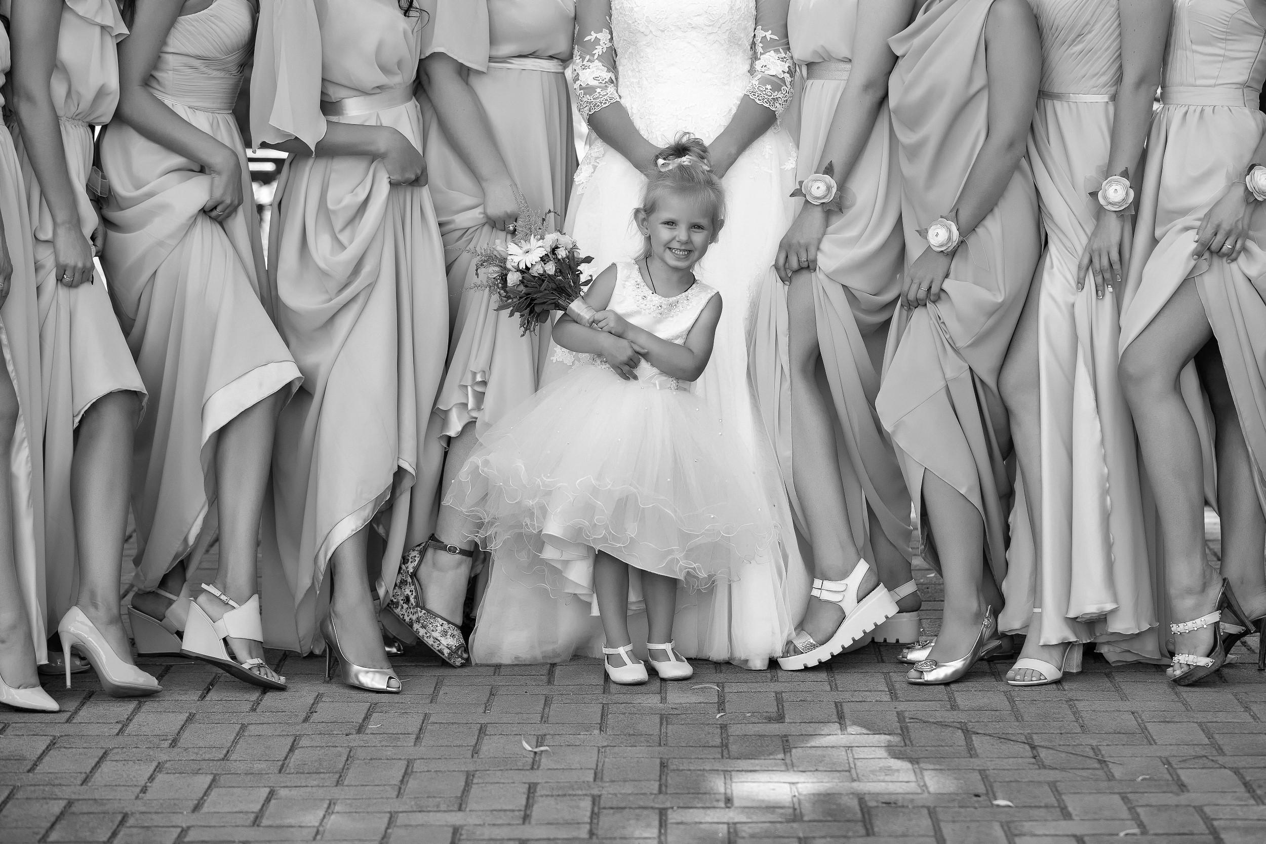 CANON WEDDING BRIDESMAIDS WITH BRIDE PHOTO AWARDS 003452 (Custom)