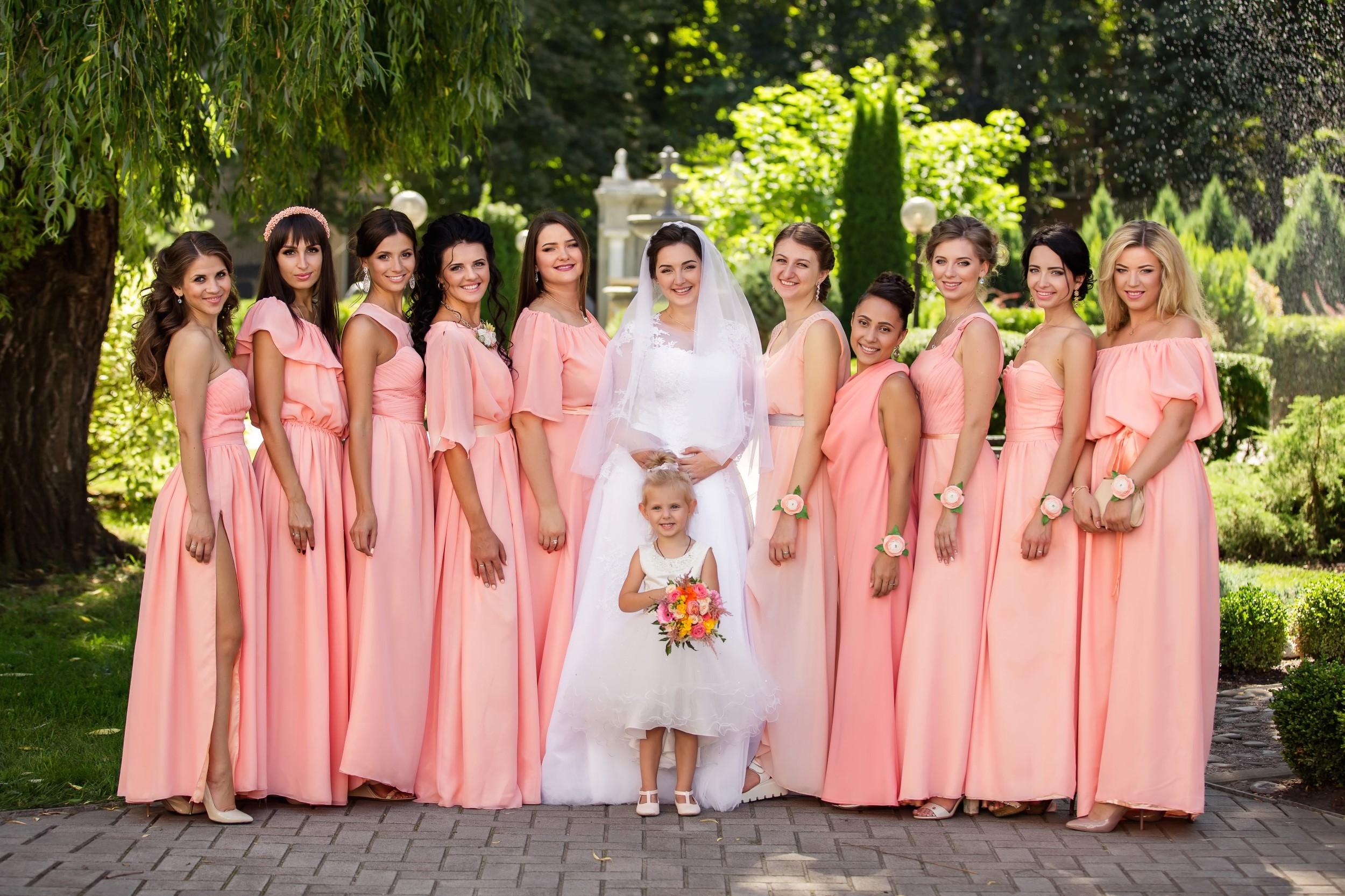 CANON WEDDING BRIDESMAIDS WITH BRIDE PHOTO AWARDS 003462 (Custom)