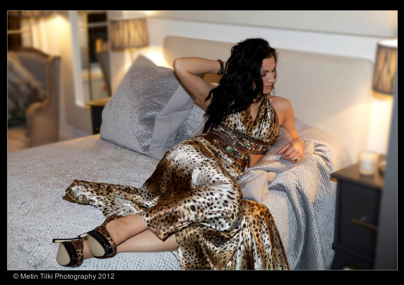PART 2 HIGH GLAMOUR FASHION FEMALE COLOUR PORTRAITS STYLED STUDIO AND LOCATION SHOTS 006634 (Custom)