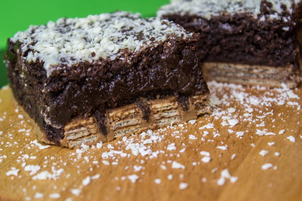 Kitkat brownie.jpg