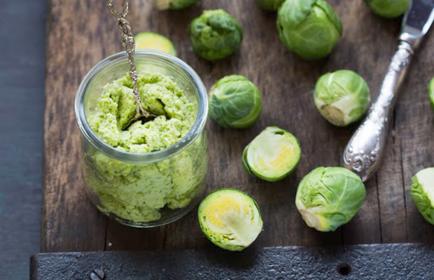 brussel-sprout-pesto