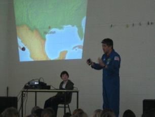 dan-tani-astronaut-jan-2012-003