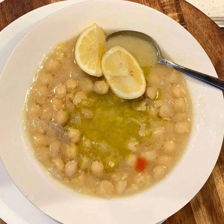 Chickpea (Revithia) soup recipe
