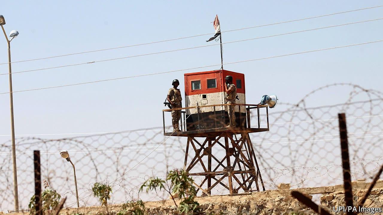 """كيف ترى الأجهزة الأمنيّة المصريّة """"حماس""""؟"""