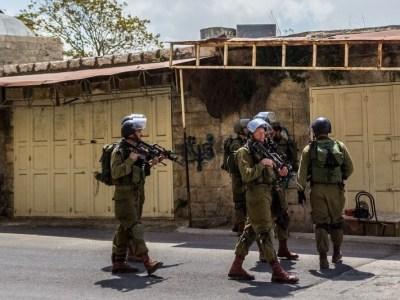 """جيش لبنان الجنوبي.. كيف صنعت """"إسرائيل"""" حلفاءها"""