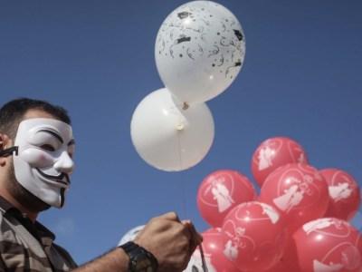 البالونات الحارقة.. إيلام الاحتلال بأقلّ التكاليف