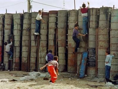 كيف أصبح المُجتمع الفلسطيني هشّاً؟ موجز القضاء على العونة