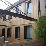 Bardage mélèze décoratif sur logements
