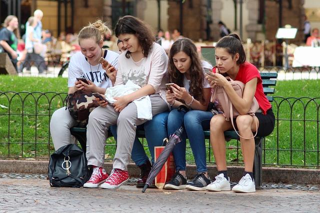 Música, karaoke y redes: El secreto de Musical.ly para atrapar a los más jóvenes