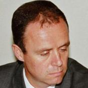 MPs quiz honours probe chief