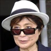 Yoko in Lennon video copyright bid