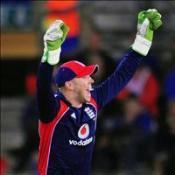 Matt adds gloss for Pietersen