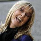 Presenter Fiona Phillips quits GMTV