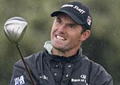 Harrington shares lead in golf Grand Slam