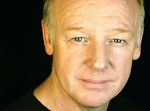 Les Dennis teams up with The Wombats for Christmas single