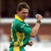 Steyn stars as South Africa triumph