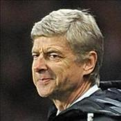 Hill-Wood gives Wenger backing