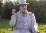 Al Capone statue stolen from garden