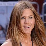 Aniston: I still talk to Brad