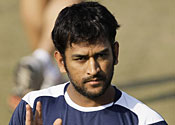 India ace Dhoni gets his own temple