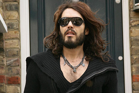 Russell Brand promises more controversy at this year's MTV Video Music Awards