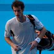 Murray eases past Ljubicic