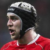 Jones back to skipper Wales