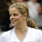 Clijsters makes winning return