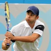 Roddick impresses in late, late show