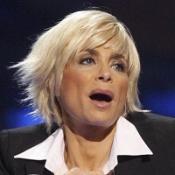 Paula Abdul apes Ellen DeGeneres