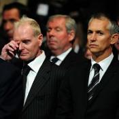 Lineker leads Robson tributes
