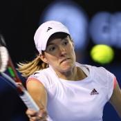 Wimbledon dream prompts Henin return