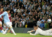 City boss Hughes hails Tevez and Bellamy after Hammers win