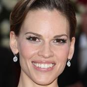 Hilary Swank says she prefers not wearing clothes in bed