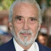 Dracula actor Sir Christopher Lee will be knighted by the Prince of Wales at Buckingham Palace