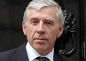 Jack Straw 'wrong to overturn' Great Train Robber Ronnie Biggs ruling