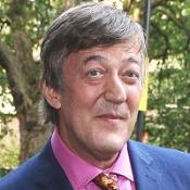 Stephen Fry threatens to quit Twitter after being branded boring