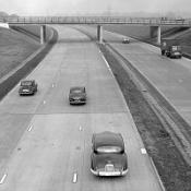 A picture of the M1, taken in 1959 close to the Luton spur