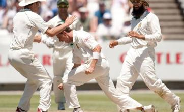 kp falls early as wickets tumble metro news. Black Bedroom Furniture Sets. Home Design Ideas