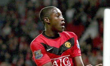 United's Welbeck joins Preston