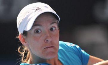 Henin to face Serena in final