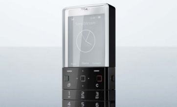 See-through Sony Ericsson Xperia Pureness has clear quality
