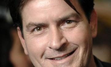 Actor Charlie Sheen enters rehab