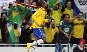 Robinho dazzles for Brazil