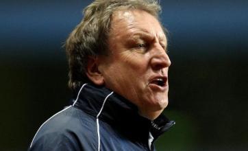 Neil Warnock takes QPR job